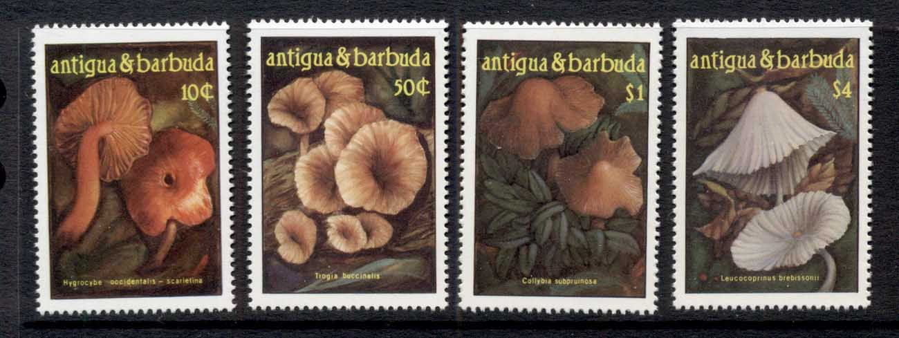 Antigua & Barbuda 1986 Funghi Mushrooms MUH