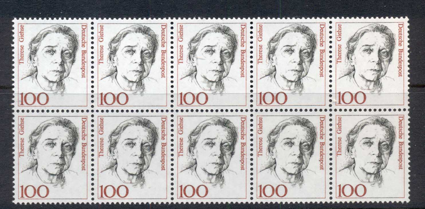 Germany 1992-2000 Famous Women 100pf Therese Giehse blk10 MUH