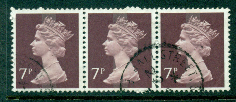 GB 1970-95 7p Machin dark red brown Strip 3 FU Lot24074
